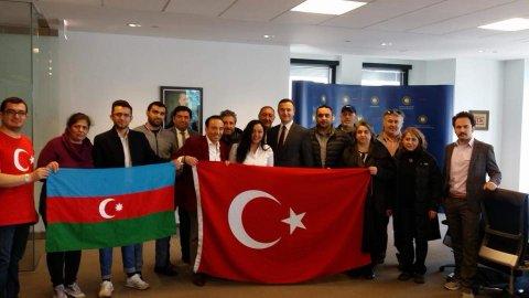 Türkiyə ilə Azərbaycan daim bir bayraq altındadır